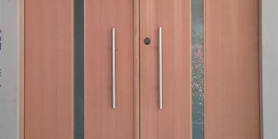 Simpson Fir entry doors with ladder pulls