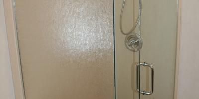 3/8 rain with clear door